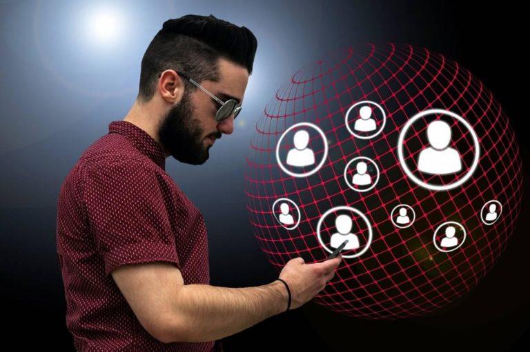 Le réseau social d'entreprise pour une communication plus fluide