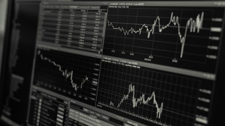 Le CFD à risque limité « acheter la rumeur, vendre la nouvelle » !